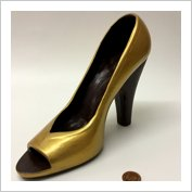 Size 5 Ladies Shoe gold